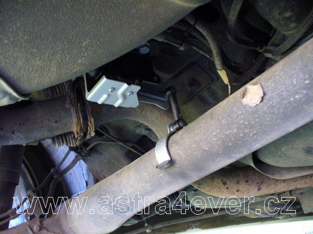 Automatická regulace náklonu světlometů Opel Astra G