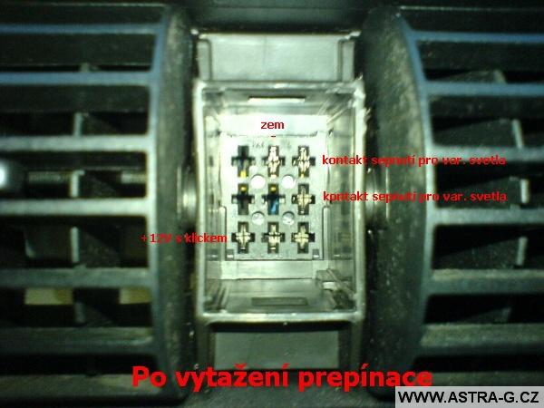 Přepínač výstražných světel 02