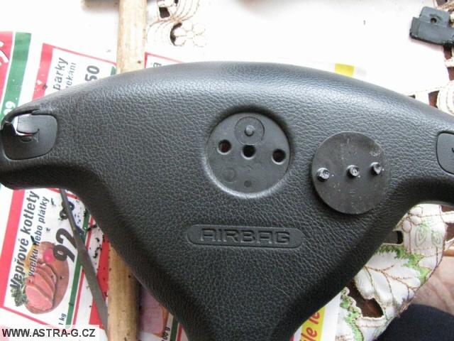 Výměna airbagu ve volantu