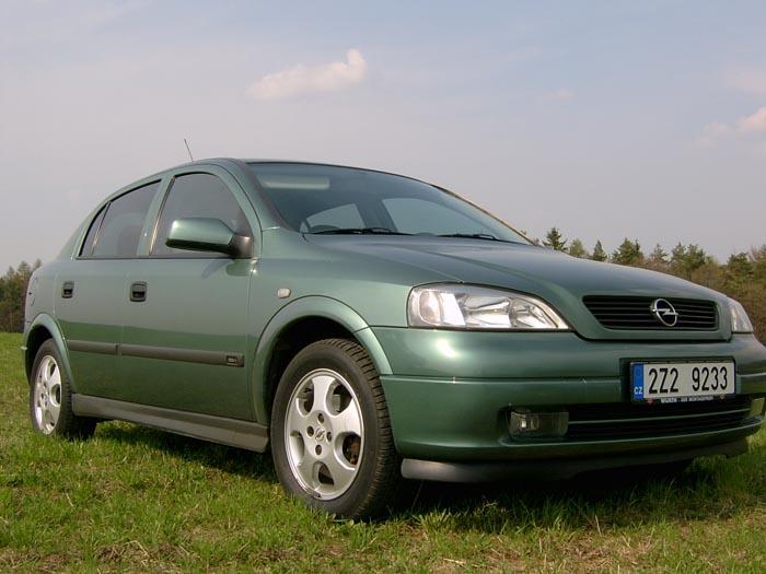 Opel Astra 1,4 se šestnácti ventily v redakčním testu