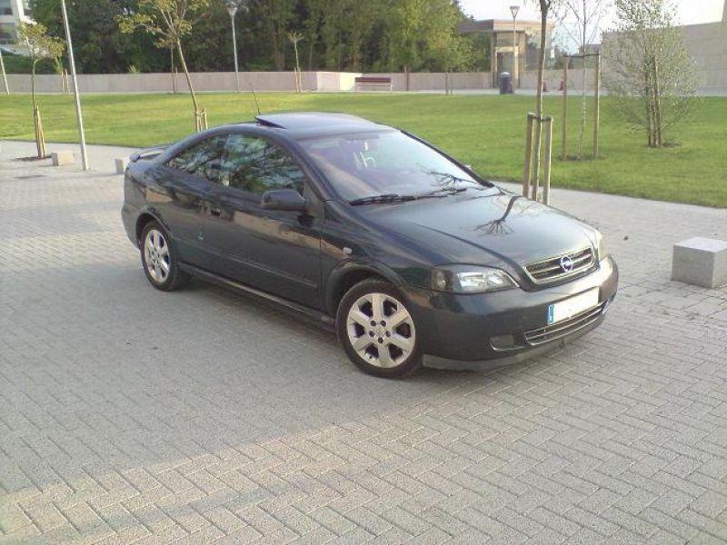 Opel Astra Coupé: krasavec z Itálie